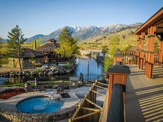 Weekend Trip Agenda- Five Small Towns Near Lake Tahoe You Should Visit at Least Once   7x7
