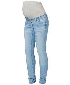 Deze positie jeans van Mama-licious heeft een slimfit pasvorm. Het model heeft een tricot band rondom de buik. De zwangerschapsjeans is voorzien van een verstelbare tailleband, riemlussen, een knoopsluiting en een sier gulp.