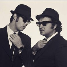 Never before seen Blues Brothers Photos by Norman Seeff, Saturday Night Live, Recital, Blues Brothers 1980, Norman, Movie Stars, Movie Tv, Historical Pictures, Tandem, Pink Floyd
