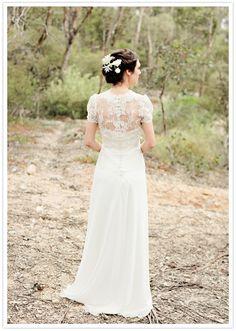 Casamentos no verão e à luz do dia: que vestido usar? via @emotion.me