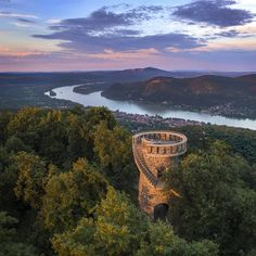 The Danube Bend (Hungarian=Dunakanyar) is a curve of the Danube close to the city of Visegrád. Budapest Hungary, Europe, River, City, Places, Hetalia, Photography, Outdoor, Beautiful