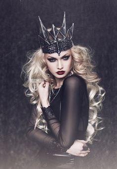 gorgeous dark queen