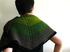 Weaver's Wool Mini Shawl by terhimon, via Flickr. I started this pattern slightly adjusted to have a warm shawl for cold(er) nights at the coming festival we're attending in August