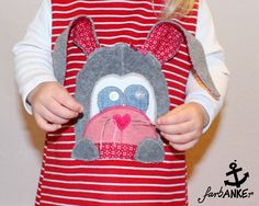 Hasenapplikation aus Stoffresten / Rabbit appliqué made from scraps of fabric / Upcycling