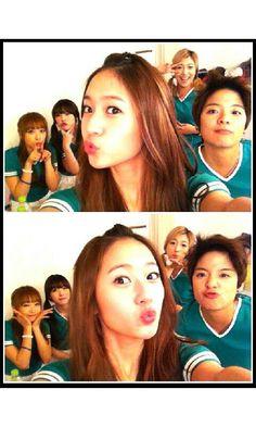 Victoria, Sulli, Krystal, Luna & Amber - f(x)