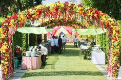 Wedding arch#mehndi#phuket#wizkimwedding#Phuketdestinationwedding#flowerarch#entrancedecor#