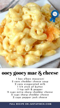 Mac And Cheese Recipe Soul Food, Macaroni Cheese Recipes, Mac And Cheese Homemade, Easy Casserole Recipes, Casserole Dishes, Side Dish Recipes, Dinner Recipes, Great Recipes, Favorite Recipes