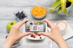 After games and social apps, AR and VR are taking over the food industry. Here's how you can get a piece of this virtual delicacy. Social Media Tips, Social Media Marketing, Marketing Ideas, Business Marketing, Online Marketing, Digital Marketing, Startup Branding, Top 10 Instagram, New Social Network