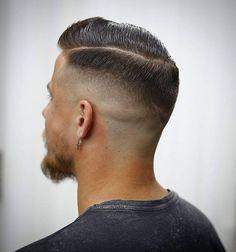 Mann frisur hinterkopf Flacher Hinterkopf