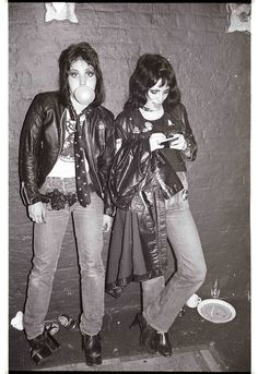 Joan Jett and Gaye Advert, 1977