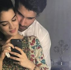 Feroze Khan Just share his Beautiful Mirror Selfie with Her Beautiful Wife Best Couple Pictures, Couple Picture Poses, Couple Posing, Couple Shoot, Beautiful Wife, Beautiful Couple, Romantic Couples, Wedding Couples, Sweet Couples