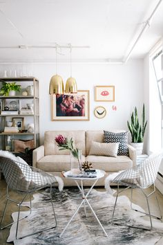 """How To Trick Out Your Work Space #refinery29  http://www.refinery29.com/apartment-34-office-tour#slide2  """"When I need to make my at-home office space more functional, the first place I started was space planning. You want to start by asking what you really want to use a space for. The Apartment 34 office now serves three purposes in one: It's a coworking space; a hangout with a magazine space; and, with a few quick moves, the couch folds out, and voilà — we've got our guest room!"""""""