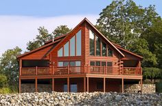 30 Luxury Log Home Decor log home decor - Pin by Lauralene Sackett on barn home ceiling ideas The Architecture of the Log Cabin pics of tin homes Interior bedroom bedroom insp. Cabin House Plans, Log Home Plans, Log Cabin Homes, Log Cabins, Bungalows, Ideas De Cabina, Ikea Makeover, Cedar Homes, Steampunk House