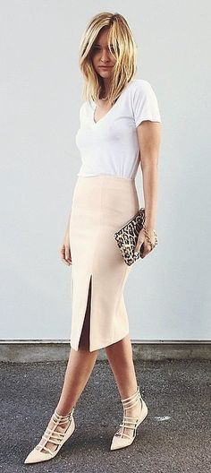 Slitted Skirt Paired With Lace-Up Heels