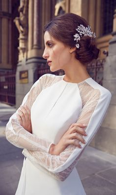 Gorgeous wedding dresses from the 2014 bridal collection of Aussie designer Karen Willis Holmes Wedding Dresses Sydney, Wedding Dresses 2014, Custom Wedding Dress, Wedding Gowns, Wedding Bells, Karen Willis Holmes, Bridal Beauty, Wedding Beauty, Bridal Collection