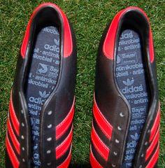 retro beckenbauers #adidas Adidas Boots, Vintage Adidas, Chile, Trainers, Retro, Beautiful, Fashion, Tennis, Moda