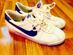 innovative design 54109 19d55 Vintage Nike Burt Bruin with Blue Nike Swoosh! Blue Nike, Vintage