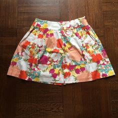 Floral print skirt with pockets Bright and sunny floral print skirt with pockets. Great piece for spring!! Necessary Objects Skirts A-Line or Full
