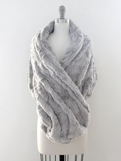 Wedding shawl Winter Wedding Bridal Fur Stole by DavieandChiyo