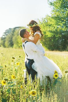 We're in love with the Little People, Big World wedding! | @iamchristianne | Brides.com