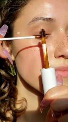 Glam Makeup Look, Makeup Eye Looks, Makeup For Brown Eyes, Diy Gifts Videos, Cute Tumblr Pictures, Oddly Satisfying Videos, Asmr Video, Feel Good Videos, Crazy Funny Videos
