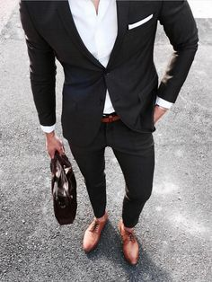 Mens Business Casual Shoes, Mens Casual Suits, Classy Suits, Stylish Mens Outfits, Mens Fashion Suits, Blue Blazer Outfit Men, Blazer Outfits Men, Blazer Fashion, Moda Formal