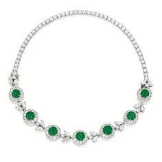 EMERALD AND DIAMOND NECKLACE-BRACELET, Van Cleef & Arpels   collar pulsera perlas swarovski joyeria necklace bracelet pearls crystal jewelry  http://iaguirreb.wix.com/deperlas#!blank-2/c1ger