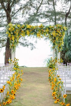Yellow wedding ceremony (backdrop and aisle) decor with sunflowers //Gary and Yanny's bright, sunflower-filled destination wedding in Phuket, Thai. wedding isle Yellow wedding ceremony (backdrop and aisle) decor with sunflowers // Wedding idea Wedding Ceremony Decorations, Wedding Bells, Wedding Reception, Wedding Ceremonies, Wedding Arches, Wedding Events, Sunflower Wedding Decorations, Wedding Table, Fall Sunflower Weddings