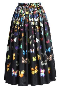 Dreamy Butterfly Pleated Midi Skirt in Black