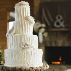 A darling rustic, southern wedding inspiration shoot with fried chicken & waffles, a beautiful cake & mason jar cookies from JoPhoto.