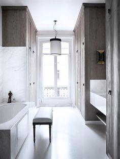 A Very Chic Paris Apartment