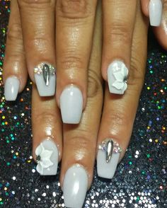 Gray coffin nails with 3d flowers