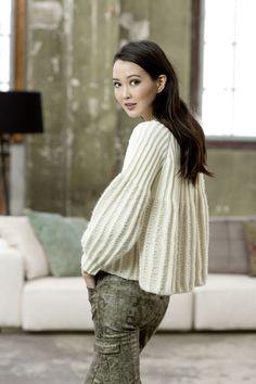 FAM 225 Urban - 46 knitting patterns for men and women, new for AW2015/16 - design 36