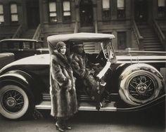 James VanDerZee: Harlem Couple, 1932
