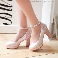 12 Ideas De Tacones De Niñas Tacones Zapatos Para Niñas Zapatos De Chicas