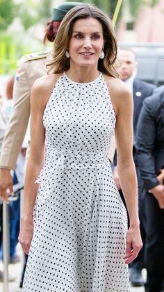 3cfe5f40e Vestido Reina Letizia, Reina De España, Guía De Moda, Calzado De Moda,