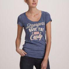 Tee-shirt manches courtes femme bleu foncé.