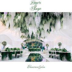 """""""Нам удалось передать сказочную лесную атмосферу, о которой мечтала наша невеста. Усыпанный хрусталем и ниспадающими глициниями потолок отражался на…"""""""