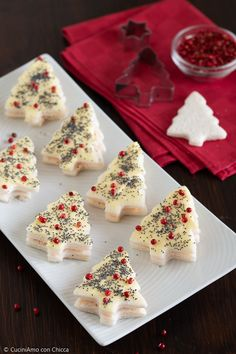 Christmas nappies of canapés – Christmas petals of canapés – # Christmas dinner pages Australian Christmas Food, Mexican Christmas Food, Christmas Dinner Sides, Traditional Christmas Dinner, Christmas Food Treats, Vegan Christmas, Xmas Food, Christmas Cooking, Christmas Food Photography