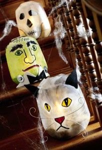 Can be made with empty milk cartons and painted. Green Halloween » Weekly Halloween Crafts Roundup!