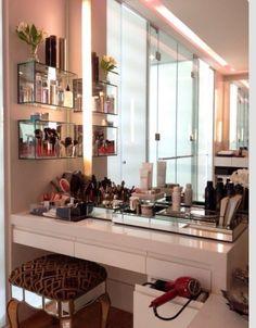 Vanity desk/ make up desk for closet room