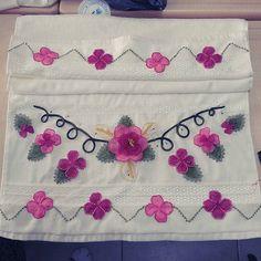 #igneoyasi #istanbul #tesbih #tesbihkutusu #ceyizlik #crochet #ribbon #ribbonembroidery #tutorial #diycrafts #amigurumi #roses #lovely #lovers #istanbul #ismek #handmade #art #artcrawl #artcraft  #turkey #photooftheday #picoftheday #diy #handmade #artcraft #artcrawl #lace #diycrafts #rihanna #ladygaga #dantelanglez #necklace #jewellery #tbt