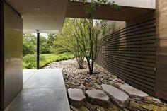 rock garden Garden Landscape Design, Landscape Architecture, Landscape Designs, Modern Landscaping, Garden Landscaping, Residential Landscaping, Small Gardens, Outdoor Gardens, Outdoor Rooms