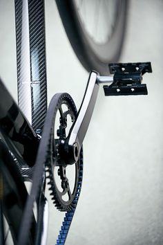 Urban Carbon Bike11 – Fubiz™