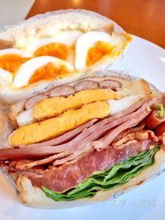 盛り盛り!ヤミツキになる悪魔のサンドイッチは絶対オススメ!