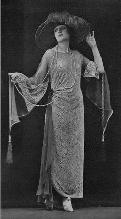 Poiret dress, 1923.