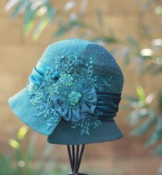 Vintage Flapper Hats for Women | ... Occasion 1920's Beaded Flapper Cloche Hat Teal Blue - The Fitted Hat