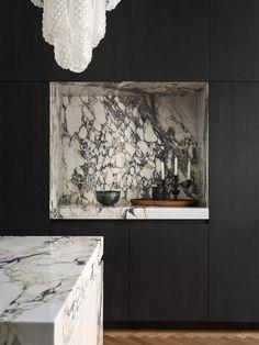 Modern Kitchen Renovation, Kitchen Interior, Kitchen Design, Kitchen Decor, Interior Architecture, Interior And Exterior, Interior Decorating, Interior Design, Magazine Design