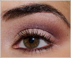 Gorgeous eye makeup with Chanel Eclosion Eyeshadow Quad (beige, dark beige, burgundy) and Chanel Grenat Stylo Yeux eyeliner (burgundy).