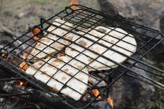 Grilling Recipes, Veggie Recipes, Fall Recipes, Camping Grill, Outdoor Cooking, Mozzarella, Cravings, Brunch, Food And Drink